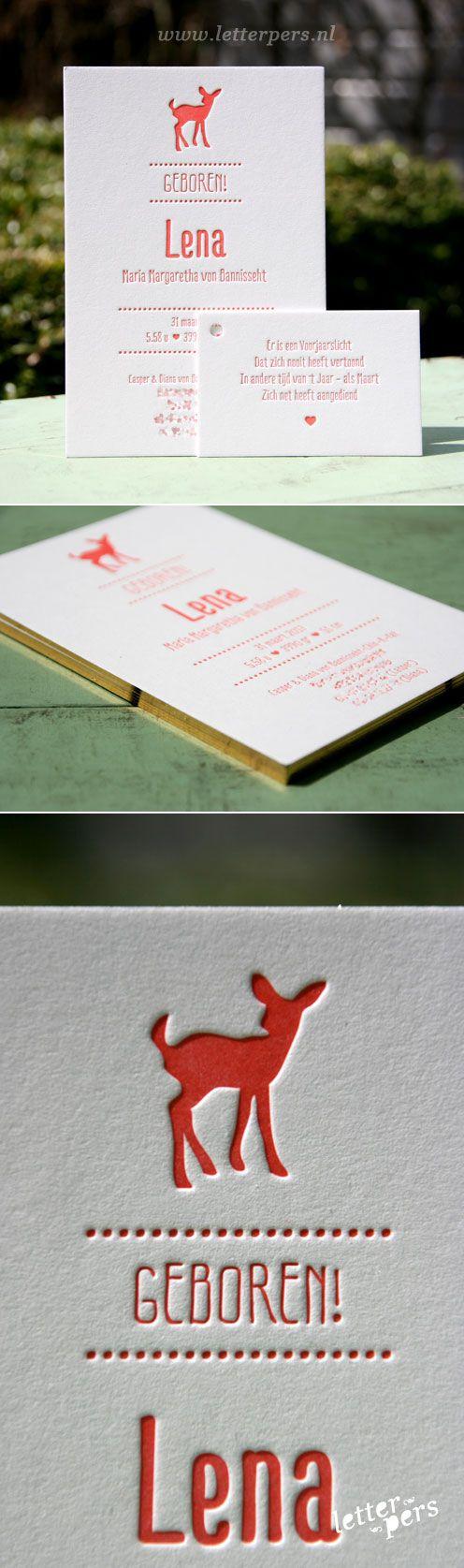 letterpers_letterpress_Lena_geboortekaartje_hertje_goud_op_snede_folie_koraalrood