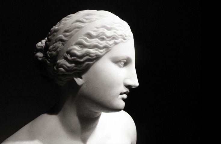 7 γυναίκες φιλόσοφοι από την αρχαία Ελλάδα που μάλλον αγνοείτε την ύπαρξή τους