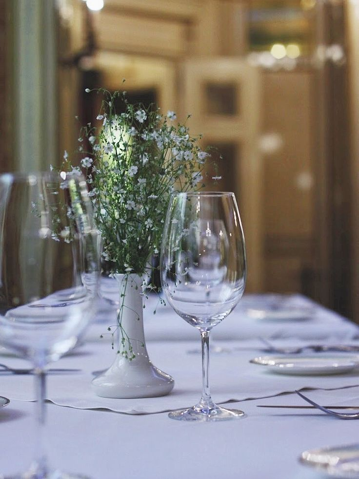 Солнечный свет пробивающийся сквозь окна, легкий завтрак, освежающий напиток зарядят вас энергией на весь день.   С 7 до 11 в ресторане Le Grand завтраки для постояльцев отеля и гостей ресторана.   Дополнительная информация: +380 5040 441 18  +380 4879 659 00  #legrandrestaurant #legrandodessa #bristolhotel #bristolodessa