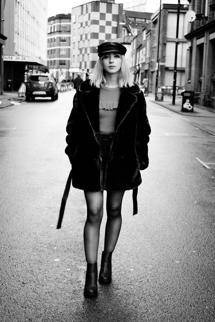 Starr Clare | A Modern 60s Attire | Fur Coat - Vintage | Top - Primark | mini Skirt - Boohoo | Platform Shoes - H&M | Baker Boy Hat - Vintage