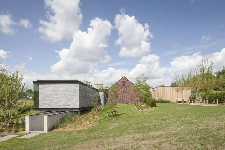 Gallery of H-Shaped House with Office / sam architects - 27
