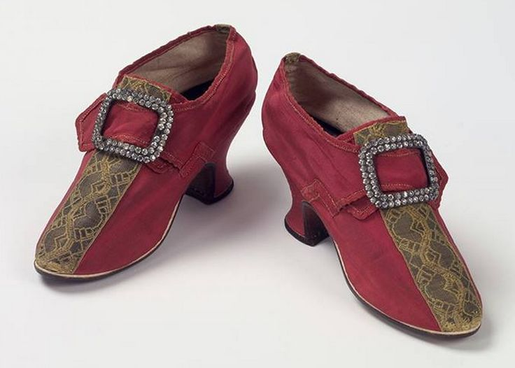 how to make colonial shoes