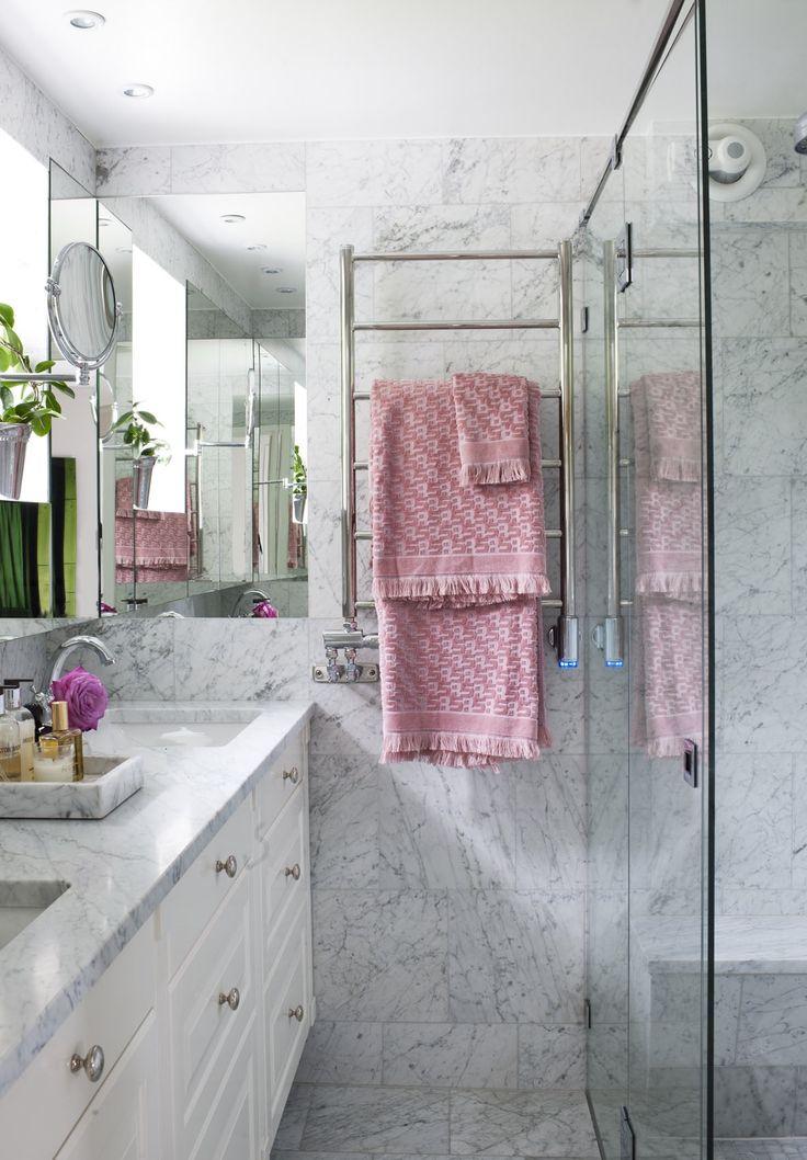 Bathroom in carrara marble www.birgittaorne.com