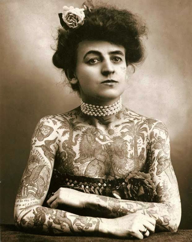 Maud Wagner, la primera tatuadora mujer en EE.UU. (1907) http://iglesiadesatan.com/