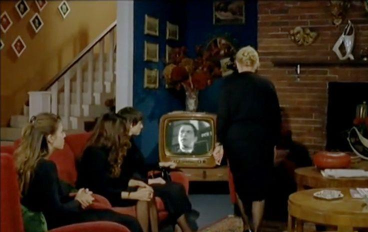 """""""Baciamo le mani"""" Scenografia: Carlo De Marino  Assistenti scenografi: Iole Autero, Mina Petrara, Matteo Zenardi"""