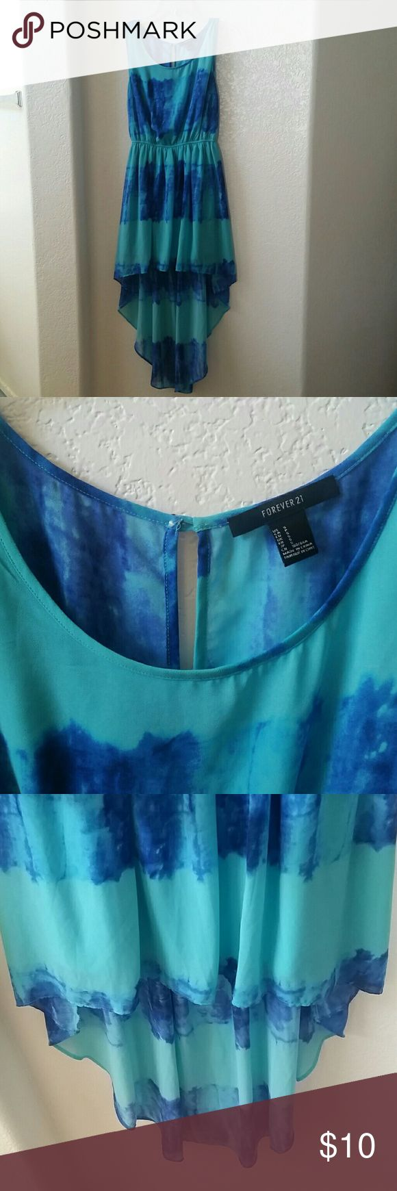 Forever 21 tie-dye stripe high low dress Great summer dress! Blue tie-dye stripes on aqua background. High-low style. Cinched at waist. Mid-thigh length liner underneath. Forever 21 Dresses High Low
