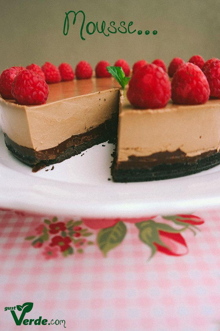 Gust Verde: Tort mousse de ciocolata in 3 straturi
