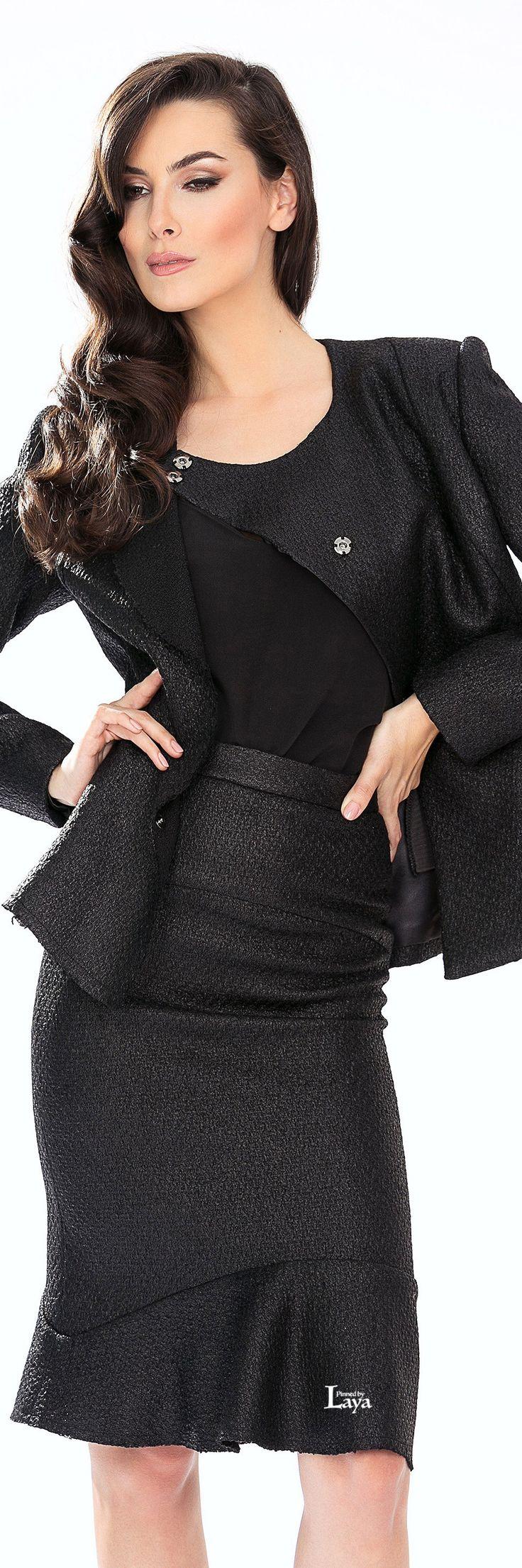 Cristallini suit via @amarandos. #suits #Cristallini
