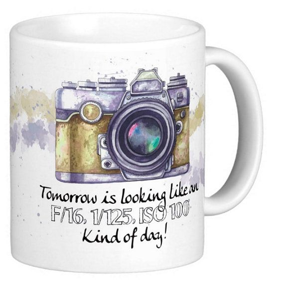 Hey, I found this really awesome Etsy listing at https://www.etsy.com/listing/270270115/photography-gift-mug-with-camera-geek