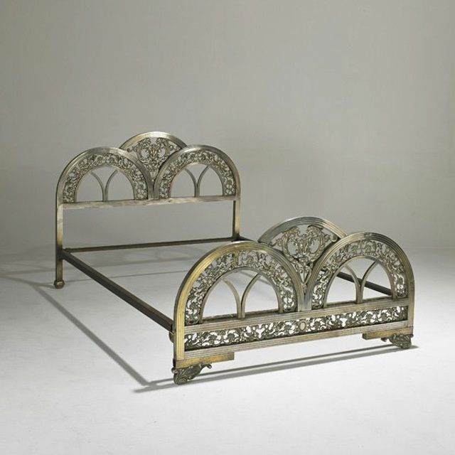 Art Deco furniture makes your house look like a Metropolis set I must have!!!!!!!!!!!!