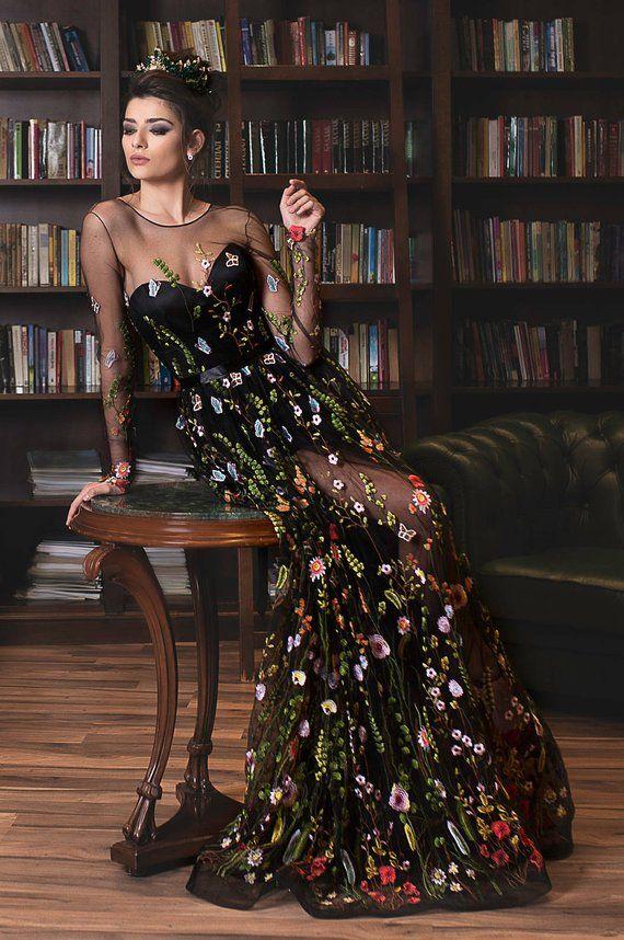 Gesticktes formelles Kleid / Blumenmaxikleid Abendkleid | Etsy   – Mrs. Lewis