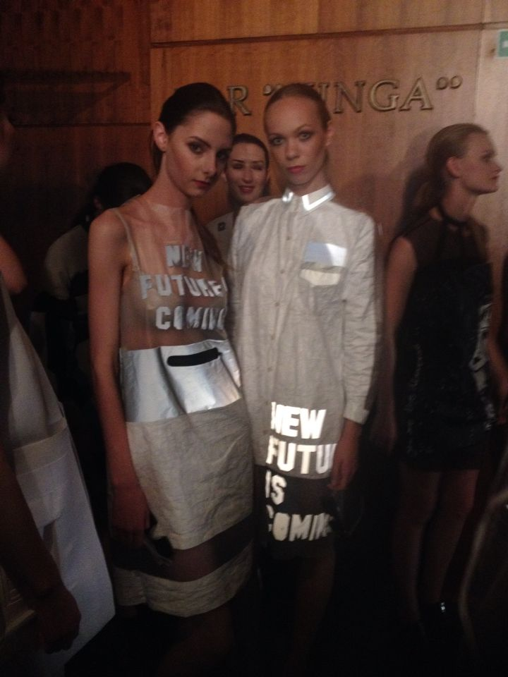 New future is coming. Fashion show. #TPU transparent fabric # reglective fabric #white tyvek fabric #waterproof zipper