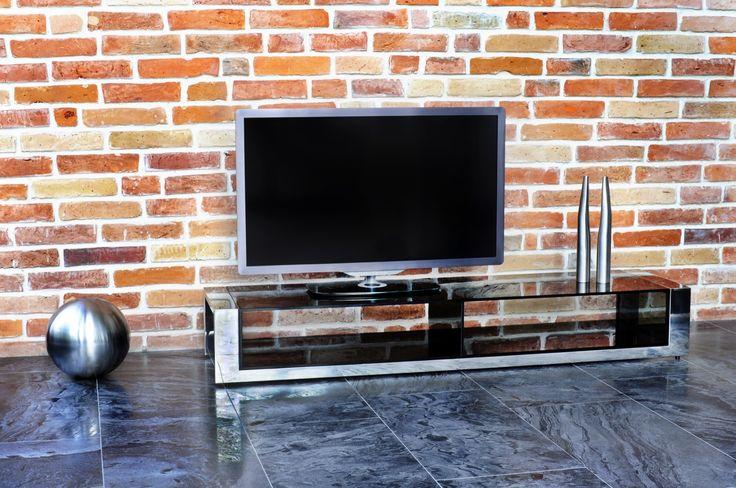 Euforia TV #TVstand #design by Lestrocasa Firenze #interiordesign #home #steel #modern #glass #Lestrocasa