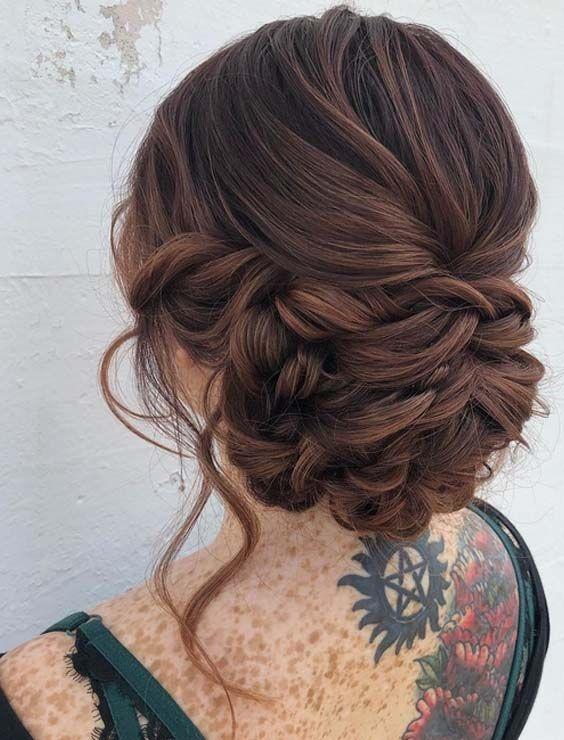 26 entzückende Braut-Hochsteckfrisuren, die 2018 kreiert werden sollen. Wunderschöne Ideen für hübsche Braut-Hochsteckfrisuren und Brötchenstile ...