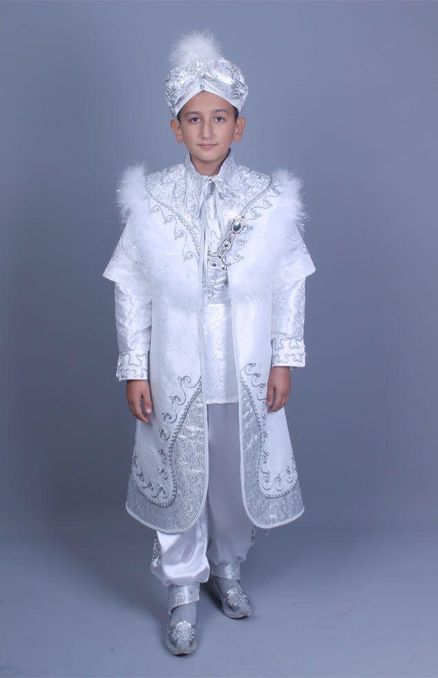 Tuğra beyaz gümüş kaftan sünnet kıyafeti https://sunnetcarsisi.com/kaftan-sunnet-kiyafetleri