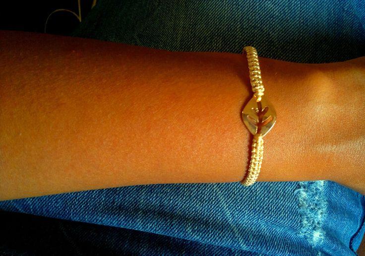 beige leaf bracelet