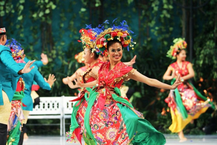 The Batavia Dancers amazed with their fun-filled performance.
