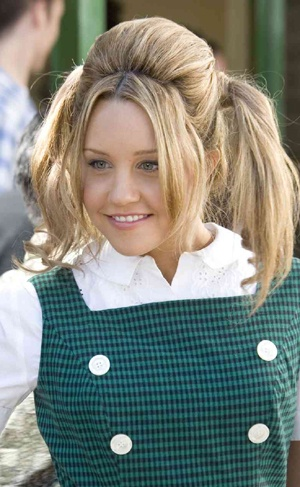 "Amanda Bynes as Penny - not my favorite. She's very talented, but doesn't ""fit"" IMHO. I can't put my finger on it though ...."