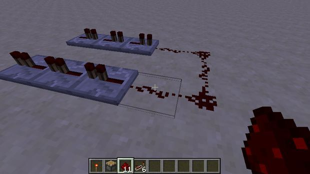 Student tutorial: #minecraft short-pulse #redstone clock
