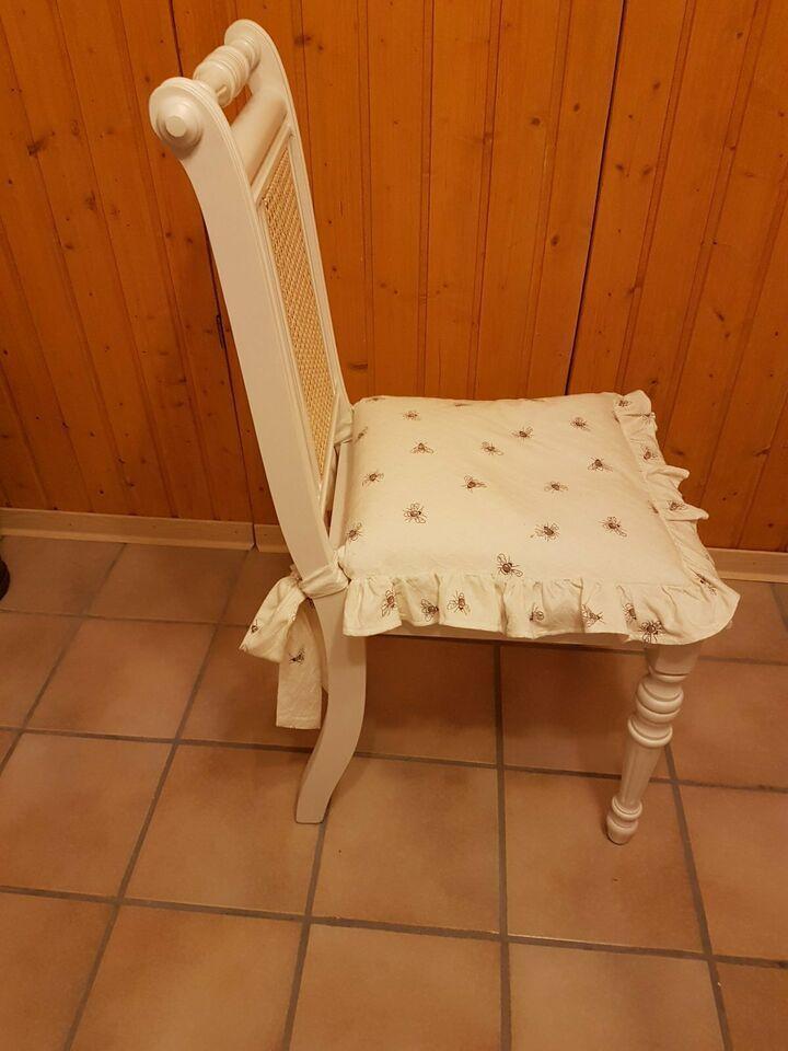 Stuhl Mit Polster In Weiss Bestell Stuhl Schlafzimmer Stuhl In Nordrhein Westfalen Gutersloh Ebay Kleinanzeigen In 2020 Haus Deko Stuhle Polster