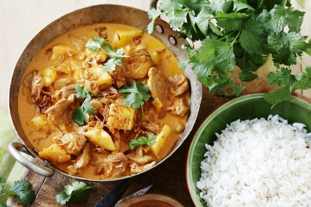 A tropical taste sensation - pork, thai red curry, pineapple and coconut milk - will brighten and inspire your midweek meal.