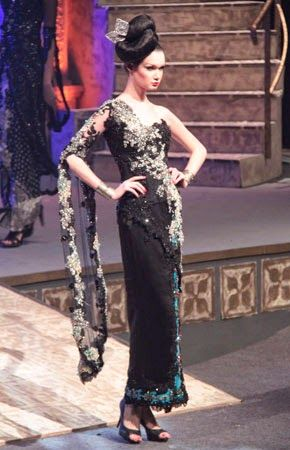Glamoritas Model Kebaya 'Hitam' Modern | Queens' Kebaya