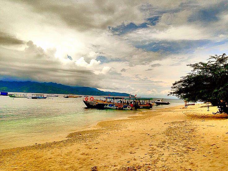 Gili meno island Lombok- Indonesia  Www.javasbeauty.com