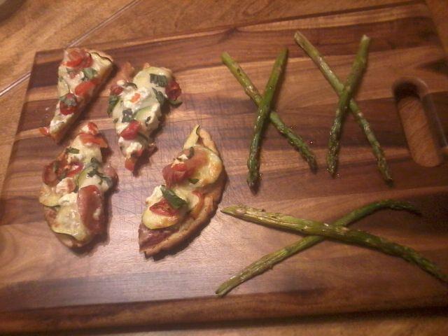 Pizzetta with Grilled Asparagus