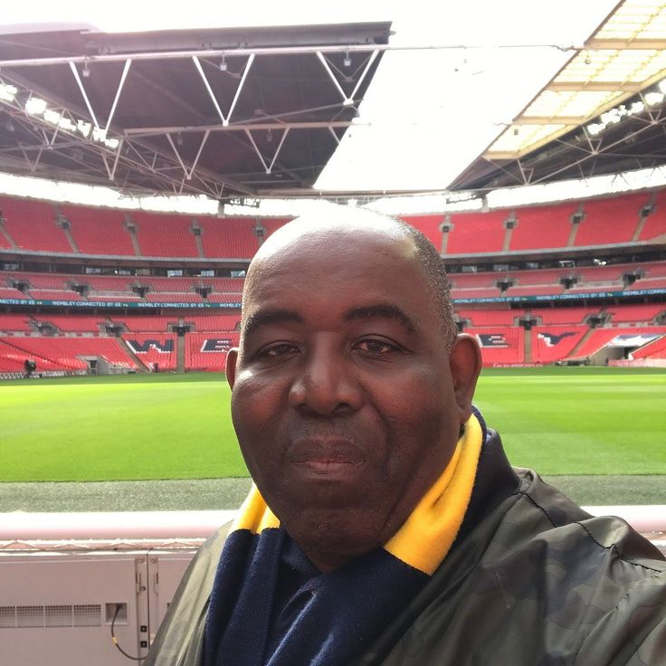 Pitch side selfies at Wembley today. Looking forward to Arsenal v Man City in The FA Cup Semi-Final.