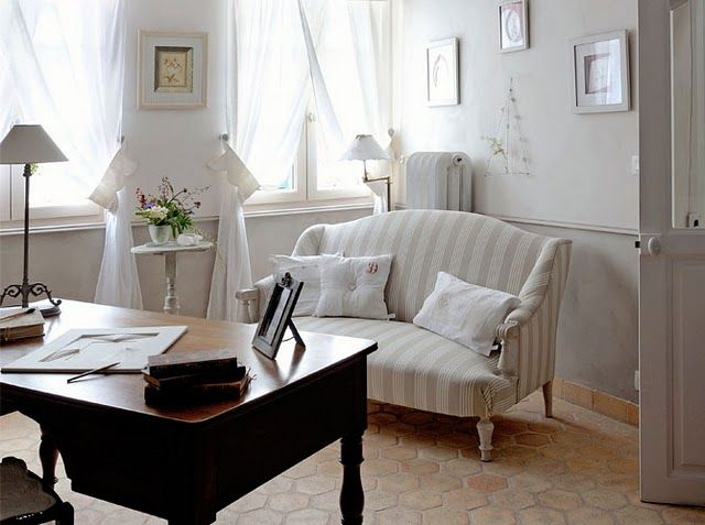 Going For A Romantic, Shabby Chic Office Space/reading Room For My 4th  Bedroom