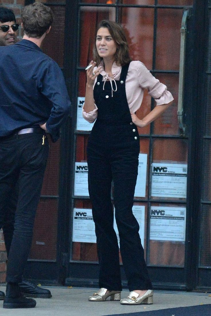 Alexa Chung wearing Gucci Marmont Pumps