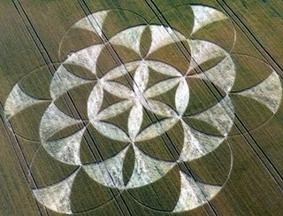 A beautiful formation was reported at Walmsgate, near Louth, Lincolnshire on the 3rd of July 2011. The formation looks a lot like the Flower of Life with perfect sacred geometry inscribed within its dimensions ...
