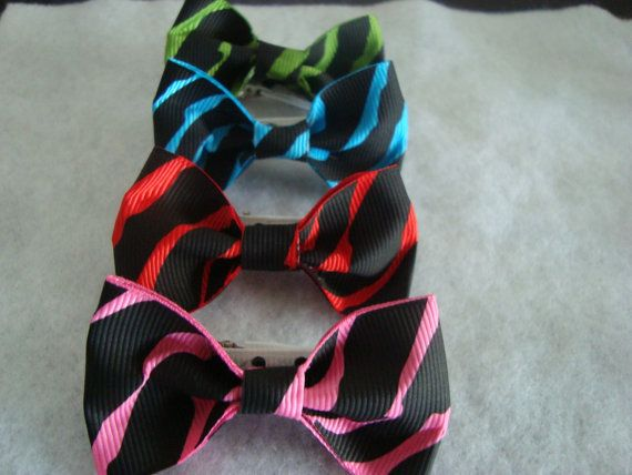 Set of 4 Zebra striped HairBow Hair Clips with by UnPetitPapillon, $5.00