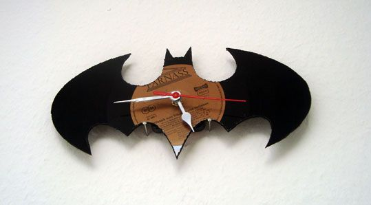 Batman-Schallplatten-Uhr
