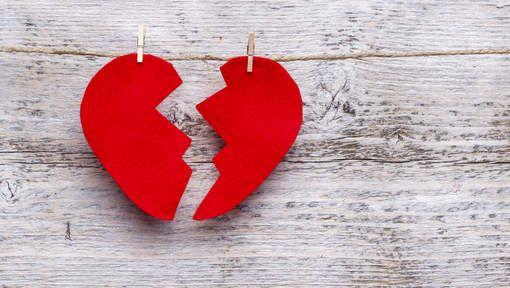 Op het einde van het verhaal is er al minstens een persoon die een gebroken hart heeft. Het duurt enorm lang voor het hersteld is en het doet erg veel pijn. De andere persoon heeft dit misschien niet doordat hij zijn vrouw/vriendin bedrogen heeft en hierdoor de liefde moe is.