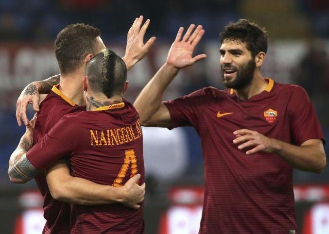 La Roma vince 4-0 contro i viola! 16 tiri verso la porta con 9 nello specchio e...4 goal. Forse il risultato, ci sta anche un po' stretto!
