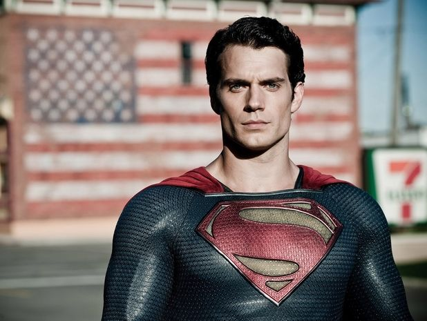 The Henry Cavill Workout helped him gain a superhero physique for his role in Man of Steel. Check out the entire Henry Cavill superman workout here!