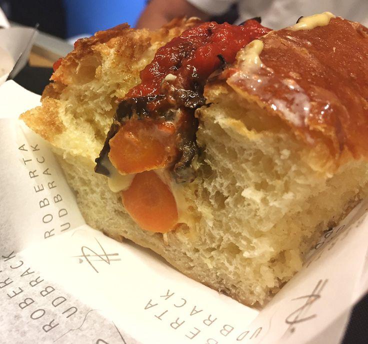 O ótimo sanduba vegetariano do Sud Dog SP: brioche, cenouras assadas, harissa queijo pernambucano e caponata