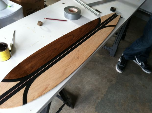 This shows you not only how to assemble a longboard, but also how to make the deck out of a piece of plywood. Sweet!