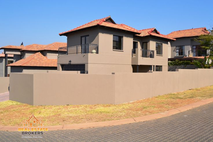 Modern home for Sale at Zimbali Gardens in NorthRiding, 3 bedrooms & 2.5 bathrooms
