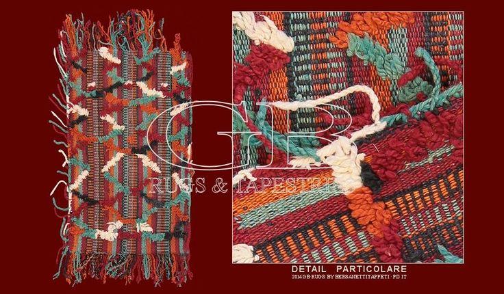 TAPPETI_BERBERI_141418354398 Tappeto Berbero Talsentcm 70 x 37ft 2'3 x 1'2 Cod:: 141418354398Provenienza: MaroccoEtà: VecchioNodi/dmq: 1200 Lavorazione: Annodato a manoOrdito: LanaTrama: LanaVello: Lana I tappeti provenienti dalla regione Talsent (estremo est del Marocco, confine con l'Algeria) si caratterizzano per il colore viola quale colore base e una forte presenza simbolica berbera. Questo pezzo è un elegante esempio degli anni trenta di questa produzione.