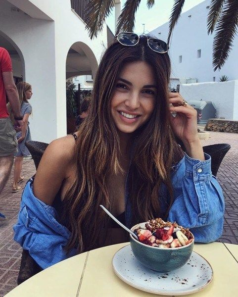 Trendy Hair Highlights    Picture    Description  2017 Top Long Hair Inspirations From Instagram – Characterized by loose, blowzy after-effects and altogether amiss highlights. Related PostsLatest Ombre Hair Color Long BobDIY top knots Hairstyles for Dirty HairLong High Waist Ankara Styles 2017 ... - #Highlights/Lowlights https://glamfashion.net/beauty/hair/color/highlights-lowlights/trendy-hair-highlights-2017-top-long-hair-inspirations-from-instagram-characterized-by-loo