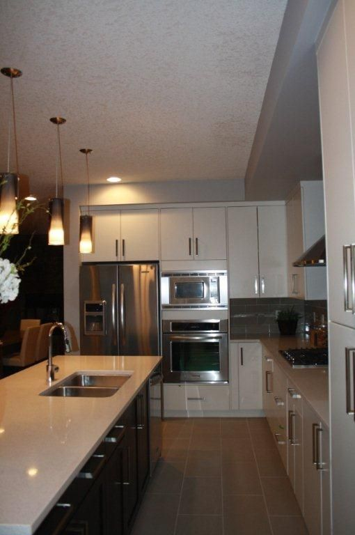 Kitchen renovations calgary kitchen cabinets calgary for Kitchen cabinets calgary