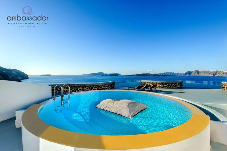 Yes, this is watery heaven! #ambassador #santorini #luxurystay