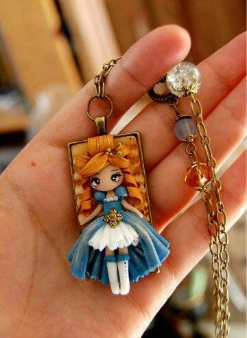 Victorian doll by la petite deco