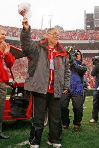 "RIP to the most widely known & legendary announcer in all of college football: UGA's own Larry Munson. There's a video played on the big screen before every home game & it ends with this: ""As we prepare for another meeting between the hedges, let all the Bulldog faithful rally behind the men who now wear the red and black with two words, two simple words which express the sentiments of the entire Bulldog Nation: Go Dawgs."""