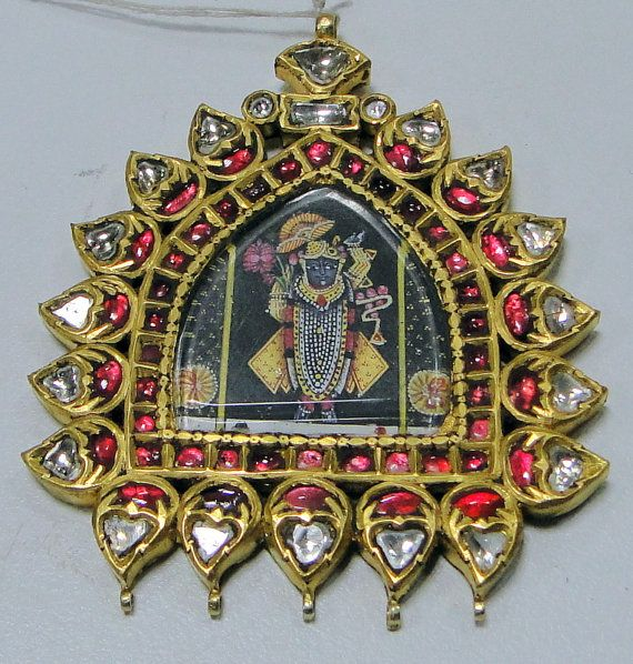 India - krishna pendant 20 kt solid gold diamonds