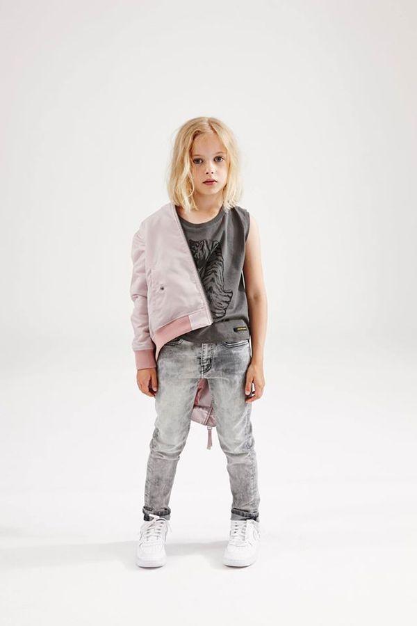 Finger in the Nose, Spring-Summer 2016. Kids bombers, girls bombers, flight jacket, moda infantil, kids trends, niñas, girls.
