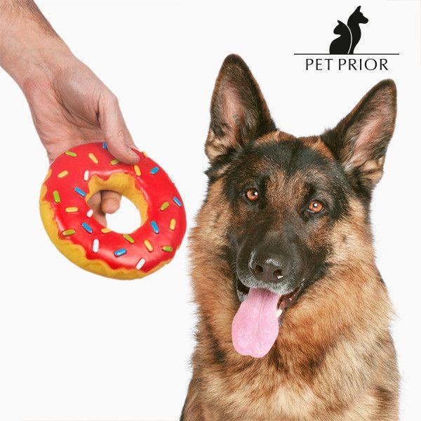 4,07€ Giocattolo per Cani Ciambella Pet Prior in vendita in offerta su https://takkat.eu/it/giochi/24074-giocattolo-per-cani-ciambella-pet-prior-7569000771912.html - Vedrai come piacerà al tuo amico a quattro zampe giocare con il gustoso giocattolo per cani Ciambella Pet Prior! Realizzato in plastica morbida Dimensioni (diametro x altezza): circa 14x 3cm Fantasie assortite inviate in modo casuale in base allo stock disponibile