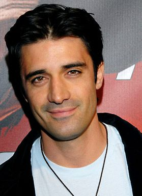 Gilles Marini aka Luc Laurent in Brothers & Sisters